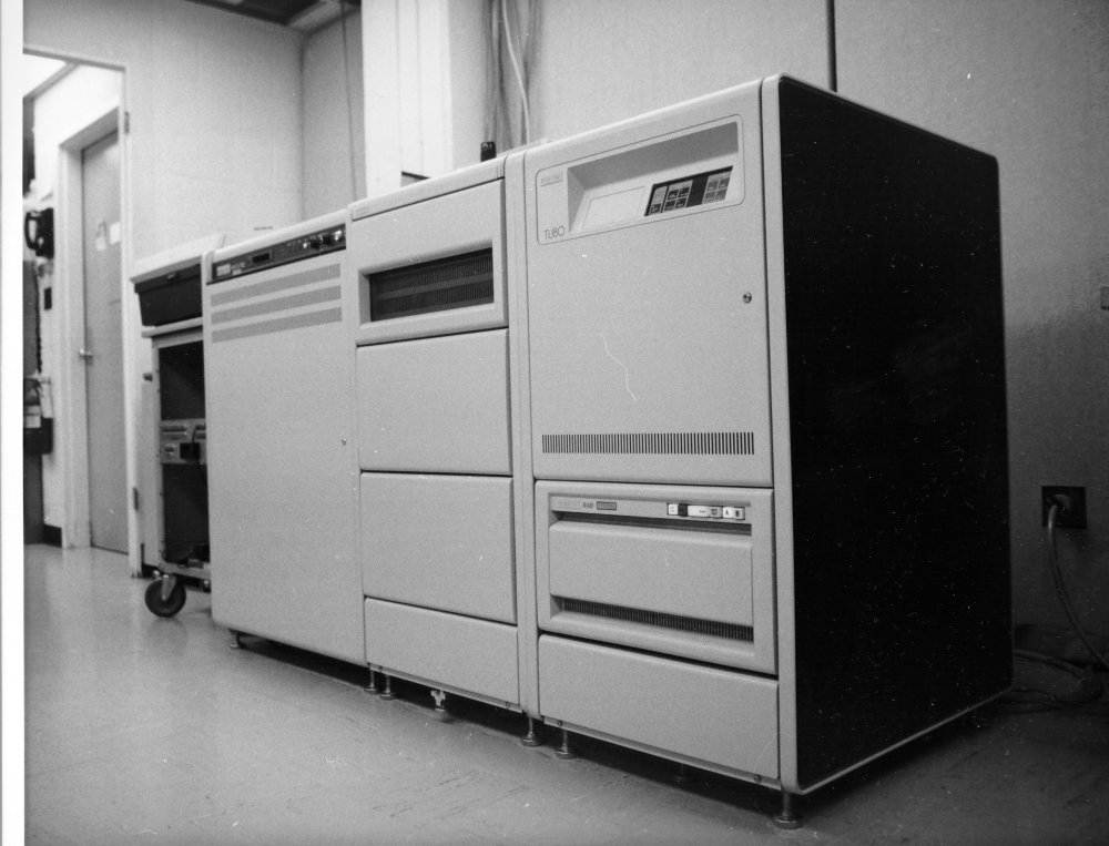 computer vax-11-750